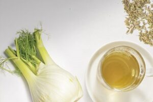 thé-au-fenouil-augmente-les-seins